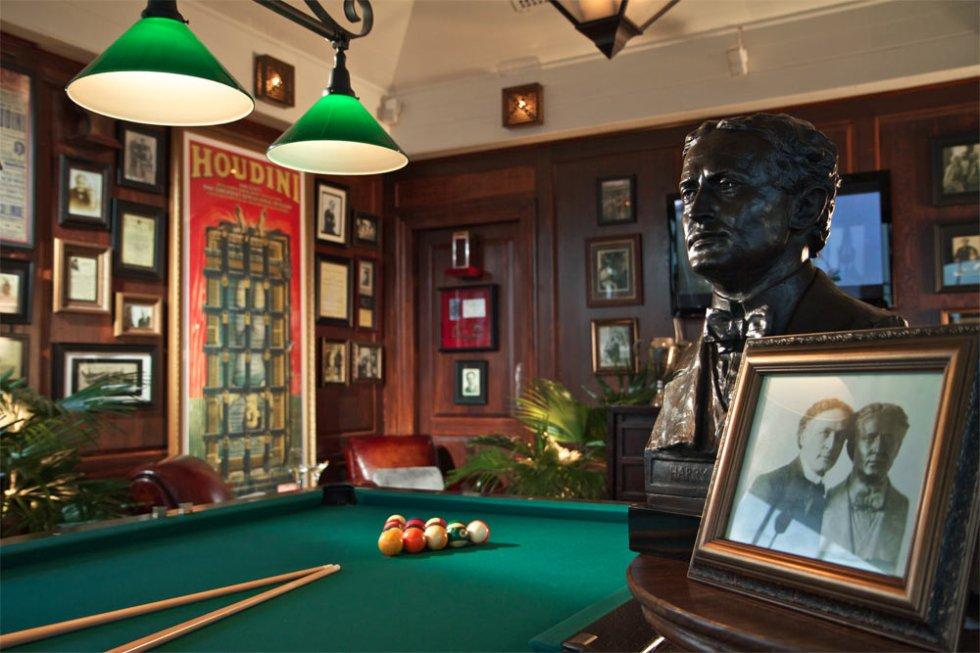 Houdini's Billiard Room_Homer Anthony Liwag