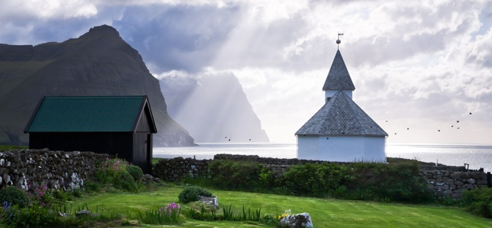 FaroeIslands_Church_710x330_original